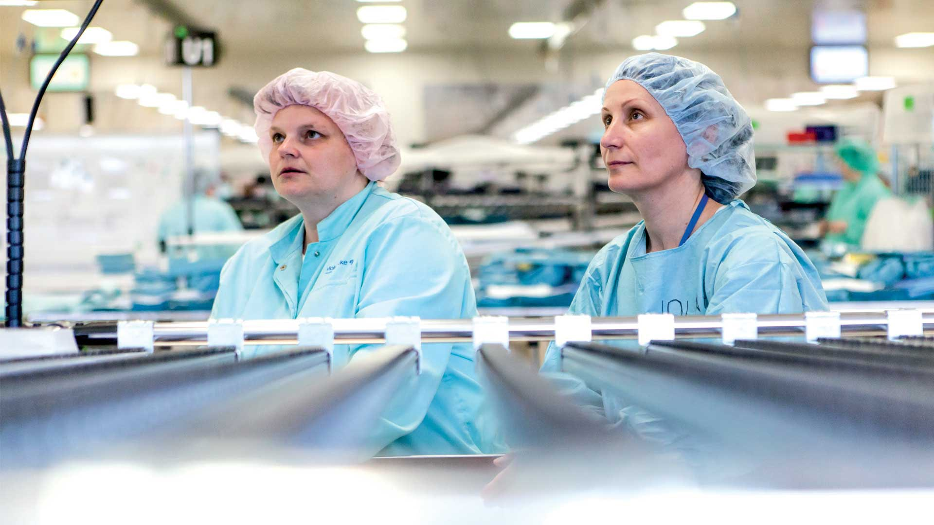 Colleagues at one of our Mölnlycke Procedure tray factories in the Czech Republic